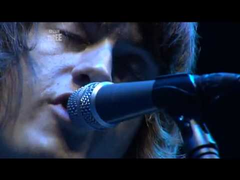 Arctic Monkeys - Cigarette Smoke Fiona [live at Reading Festival 2006]