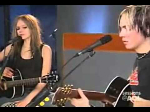 Avril Lavigne - Take me away (Live Acoustic AOL Session 2004)