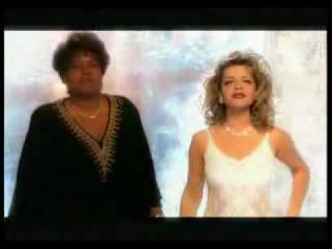 MOSKOW! Gloria Gaynor & Larisa Dolina -  I Will Survive.avi